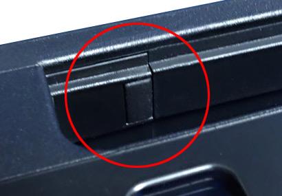 ニンテンドースイッチをTVモードでドックに挿したら一回で傷が付いた結果